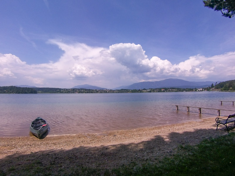 Lake 'Faaker See' close to Villach is a perfect place to relax after a long day climbing at Kanzianiberg